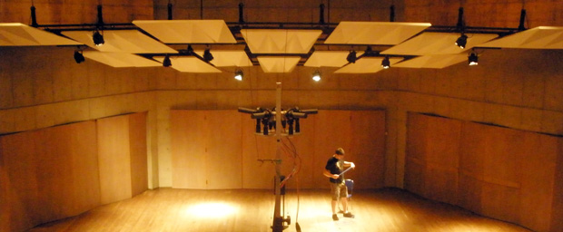 Room acoustics consulting in auditorium