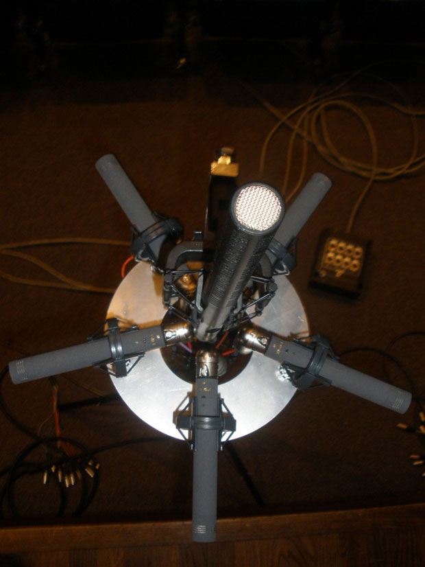 Spatial Microphone Array Top View